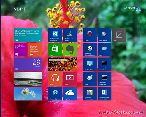 Free Software to Change the Windows 8 Start Screen Background