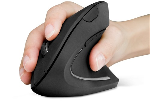 Holding vertical mouse