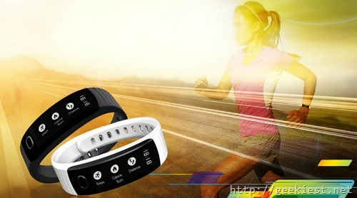 Intex Fitness Band Fitrist  with an OLED display, Notifications and a Camera Trigger for INR 999