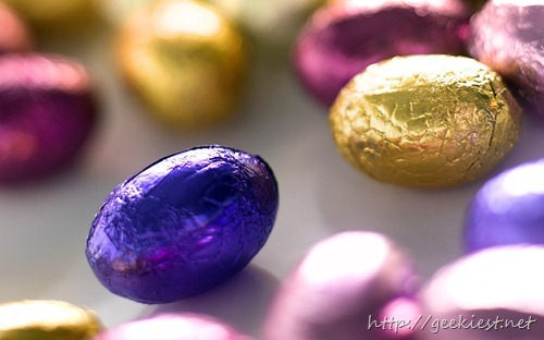 Small chocolate eggs