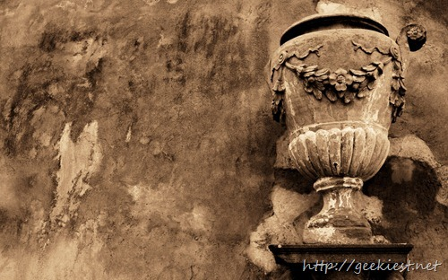 Old terracotta vase in Florence, Italy