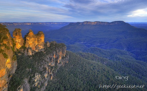 Three Sisters rock formation, Jamison Valley, Blue Mountains National Park, New South Wales, Australia